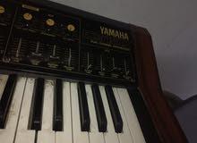 بيانو عدد 2 بحالة جيدة