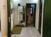 شقة سكنية ممتازة فخامه في التشطيب الدور الأول في الدهماني وبالاثاث متكامل