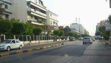 شقة في شارع عمر المختار بجانب الخطوط الليبية