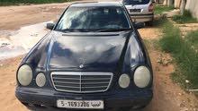 مرسيدس E200 للبيع