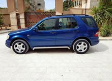 Used condition Mercedes Benz ML 2003 with +200,000 km mileage