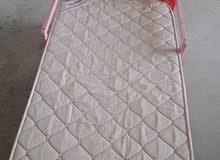 للبيع سرير اطفال بحاله ممتازه