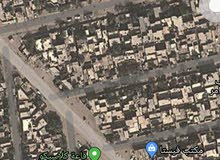 السلام عليكم بيت للبيع الشعب. حي الجزائر عرض الشارع 25 متر شارع كبير