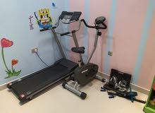 أجهزة صالة رياضية كهربائية .