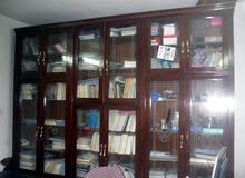 مكتبة كبيرة