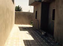 منزل للبيع في عين زارة خلة النور
