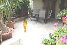 شقق طابق ارضي مع روف للبيع في الاردن - عمان - الدوار الرابع مساحة 1032م