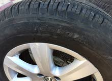 4 pneus avec jantes