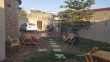 منزل ارضي في منطقة عين زارة طريق الابيار . للبيع