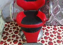 كرسي حلاق مستعمل شهرين يعني اخو الجديد رايده150