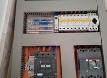 مطلوب فني كهرباء يشتغل مع اسطئ كهرباء