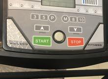 جهاز جري oLympia  سهل للطي يوجد فيه صمام أمان اثناء الطي 6سرعات قارئ لنبضات القلب مع مسك المقبضين