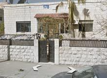 جبل التاج عماره تجاري اول مقابل سوق حسن التجاري