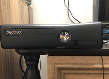 اكس بوكس 360 نظيف كلش وياه 3يادات هارد مهكر 86 لعبه السعر 145الشري فقط وبي مجال