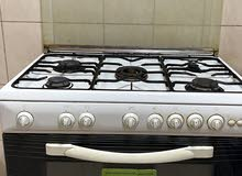 بتجاز مع امبوبة الغاز من اندست - cooker from indecit with its gas cylinder