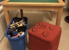 Lego bucket with table