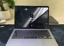 M1 MacBook Air 2020 with a really slight scratch that's not noticable