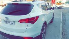 White Hyundai Santa Fe 2015 for sale