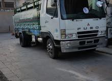 شاحنة ميستوبيشي فيسو مستخدم نضيف معا خزان سعة 60 برميل 12000 لتر وماطور هوندا