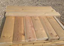 خشب صنوبر للبيع شبه جديد