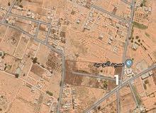 قطعت ارض بيع او تبديل ب سيارة مسجد التوحيد ف القيو قريبه على طريق الرئيسي