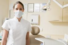 مطلوب مساعدة طبيب اسنان