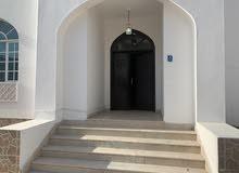 شقة مكونة من 3 غرف ومجلس في الغبرة الشمالية