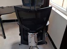 كرسي مكتبي نضيف