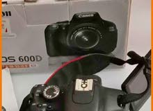 1 year  use orginl canon camera 4000D  dslr new prices 1600 ead now offer 1199 also 300 mm lance