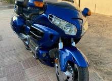 دراجة قولد وينغ 2002 نظيفة ومسرفسة وتواير جديدة جاهزة للشارع