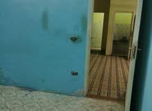 مكتب للايجار محطة حسن محمد بجوار بنك مصر  دور ارضي مرتفع تشطيب سوبرلوكس  غرفتين ورسب