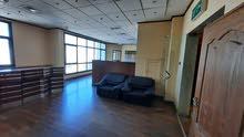 For rent office in Sharq with a sea view 175 للايجار مكتب فى العاصمة - شرق مع اطلالة بحرية  175 م