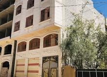 في قلب العاصمه قريب شارع القياده على شارع14 عماره 4لبن في قمة الروعه