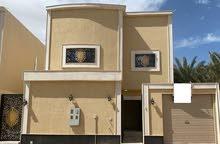 للبيع فيلا درج داخلي + شقة المساحة 312 متر في حي الشفا