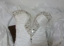 فستان زفاف فيلو للبيع أو الإيجار لاعلى سعر