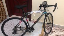 دراجة سباق بحالة الجديد