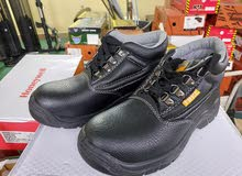 Safety shoes 110EA All 299KD only!