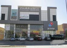 محل للايجار 210م علي طريق الامام مخرج 9 الرياض