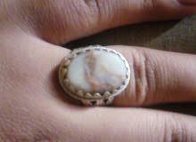 خاتم فضه صياغه عمانيه متوج بعقيق عماني مصور رجل يصلي