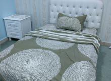 للبيع غرفة نوم ونظيفة جدا