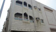 عمارة نظيفه 520 متر  للبيع  بحي الصفا 1 خلف محطة السلام