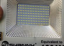 كشاف بالطاقة الشمسية(100واط) solar light