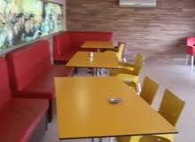 مكتب عدد 2 طاوله اجتماعات  و طاولات