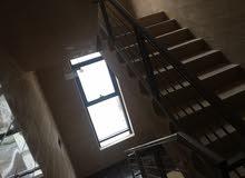 عماره تجاري مكونه من اربع محلات وعشر مكاتب للايجار عمان ضاحيه الياسمين