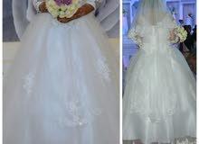 فستان زفاف مع طرحه وجيبونه و غطاء قياس XXL