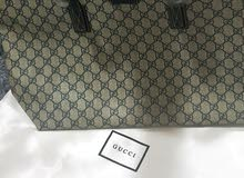 GUCCI BAG, NEW DESIGHN BRAND NEW.