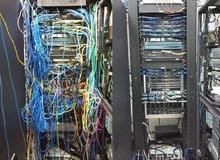 اعمال تقنية شبكات كميوترات و سيرفرات و كميرات مراقبة