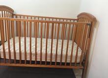 سرير مزدوج بحالة ممتازة