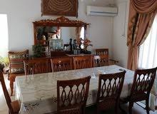 غرفه طعام 8 كراسي من الخشب +غرفة جلوس