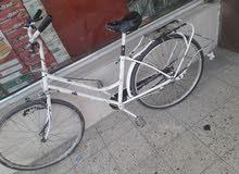 بايسكل دراجه هواءيه للبيع . السعر 40 الف دينار وبيه مجال بسيط .نوع الدراجه a5.ال